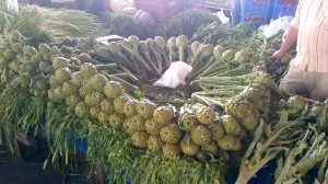 Kusadasi produce market: Artichokes ...